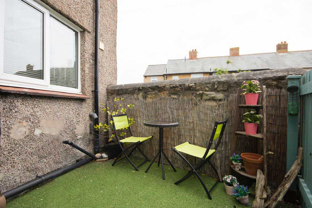 Outside Space at Amblers Den